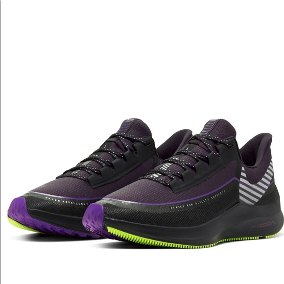 Nike Air Zoom Winflo 6 Shield Running Shoes